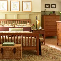 Мебель из массива дерева. В чем ее достоинства?