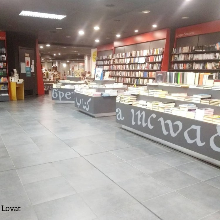 Rotte librarie.  Libreria Lovat, Trieste.
