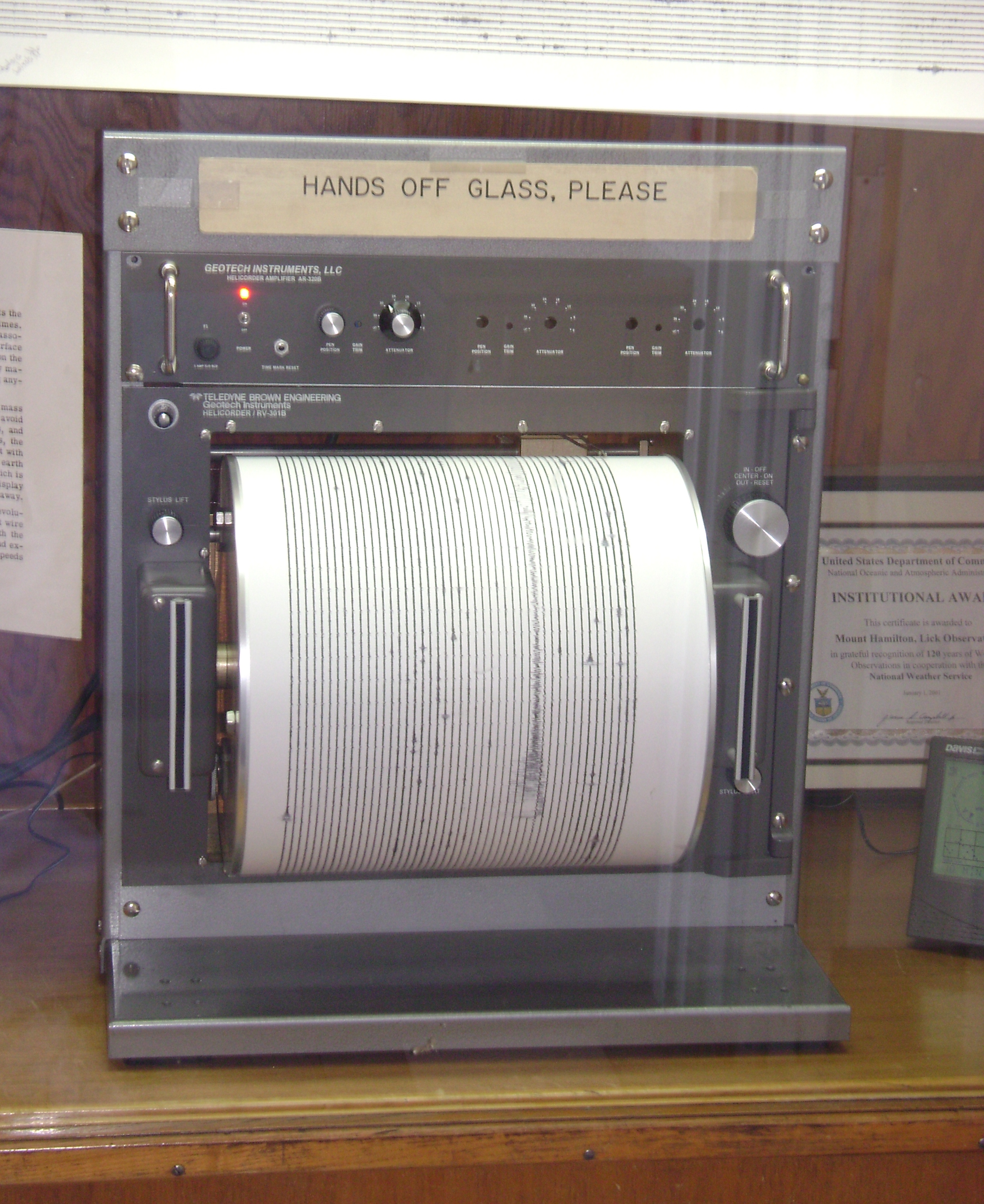 How A Seismometer Works