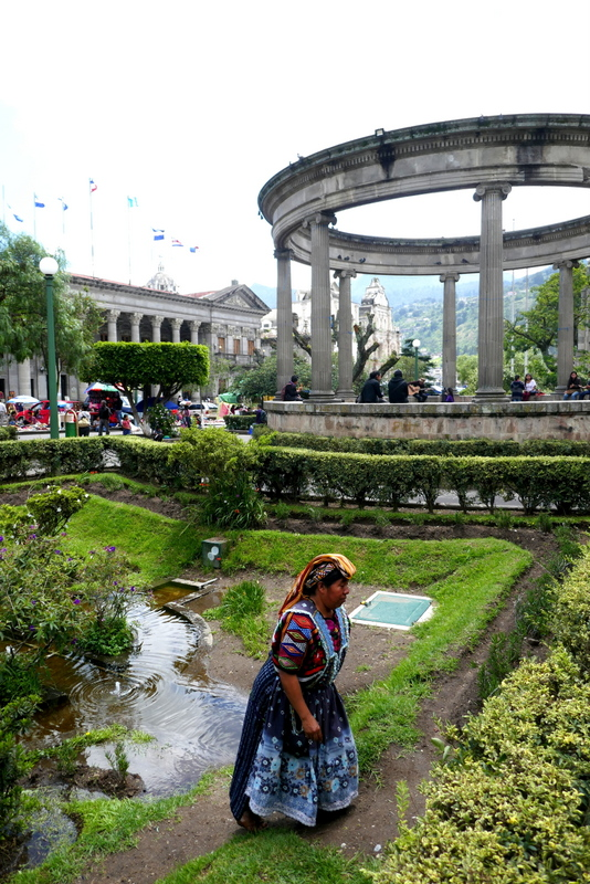Maya lady on central plaza in Xela.
