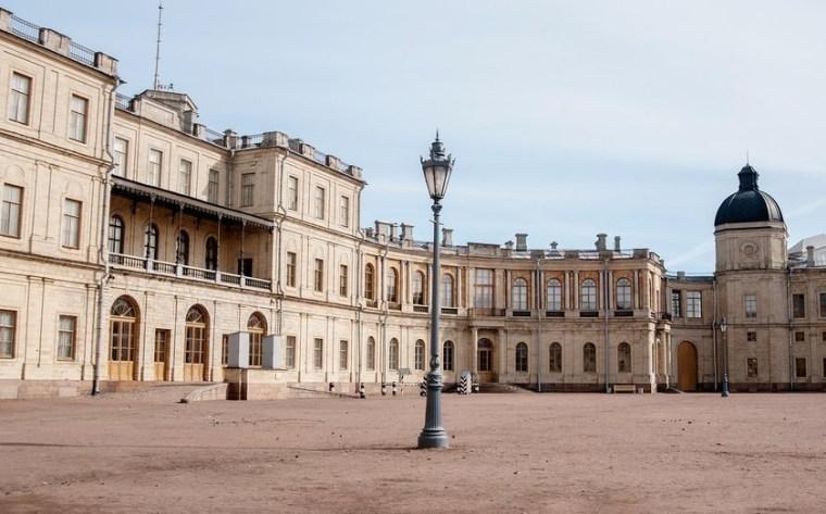 Гатчина - официальная столица Ленинградской области