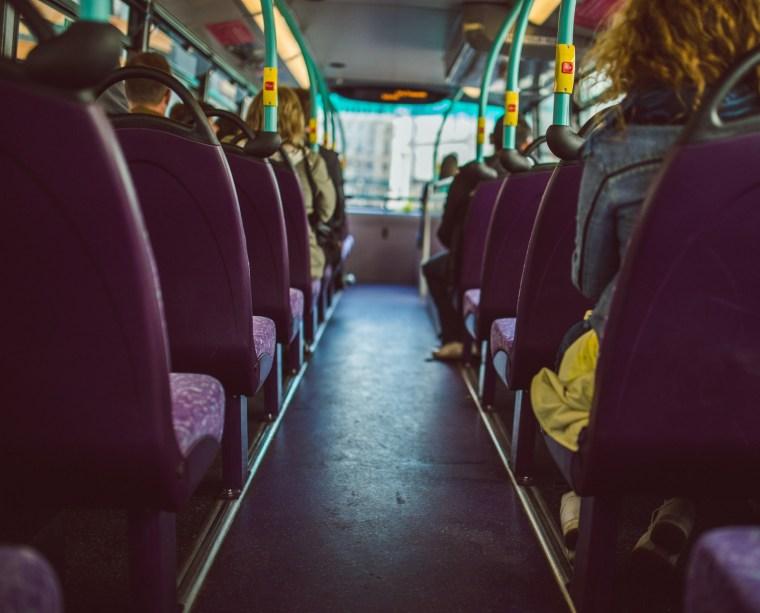 Водители общественного транспорта вакцинируются