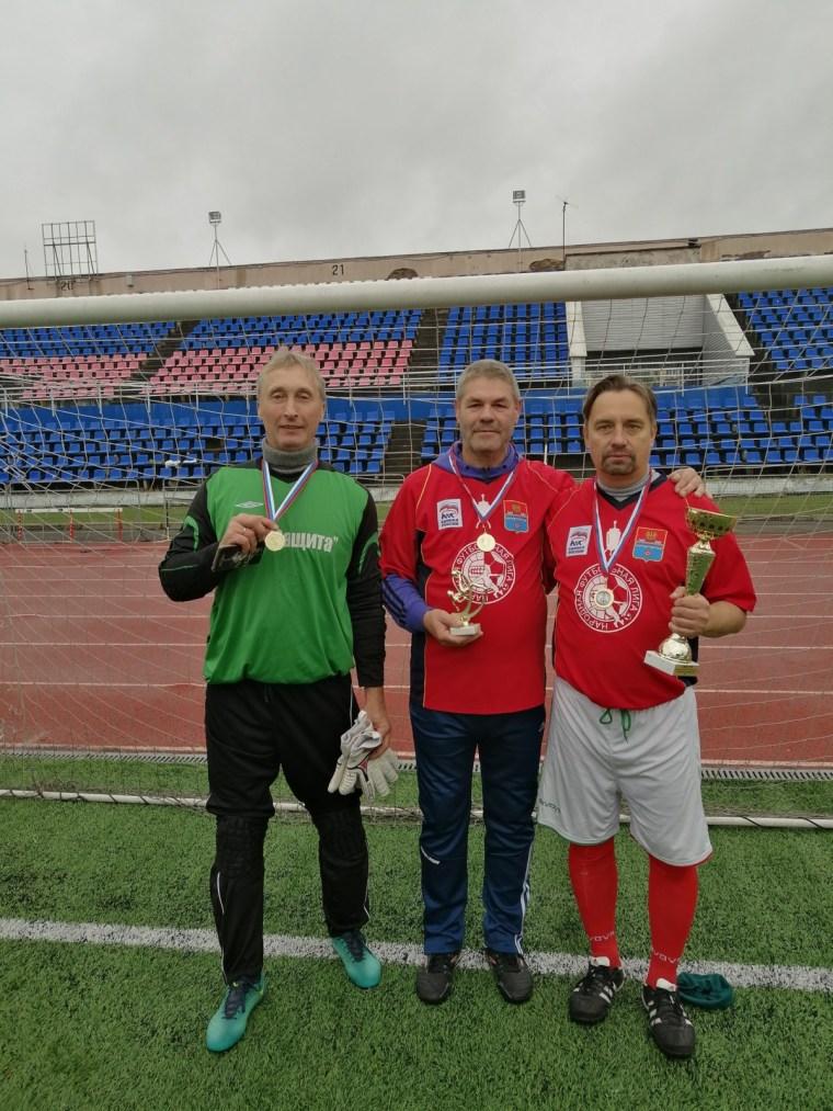 Ветераны Волхова -  обладатели футбольного кубка