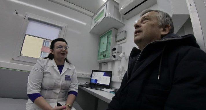 Александр Дрозденко призвал всех жителей Ленобласти сделать прививку от гриппа