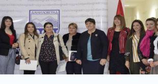 Opština potpisala ugovore sa mladim preduzetnicama