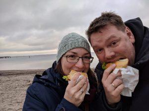 Fischbrötchen an der Ostsee