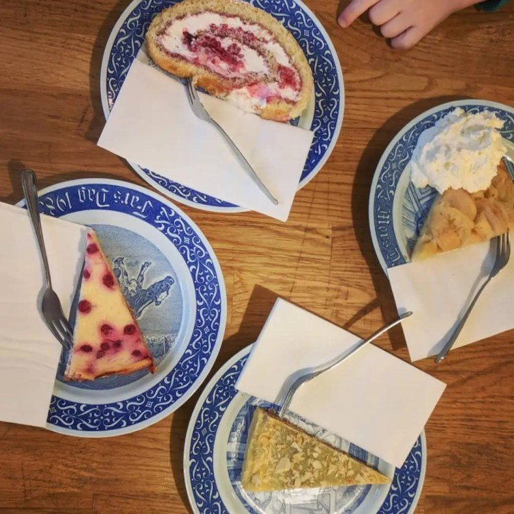 Toller Kuchen bei Frau Larsson