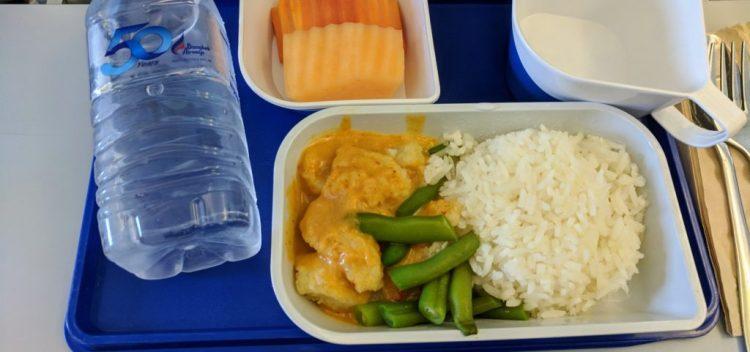 Curryfisch im Flugzeug Bangkok Airways