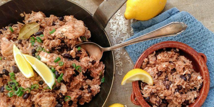Kubanischer Reis mit Fisch