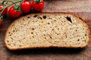Altbrotkruste - ein aromatisches Hefebrot