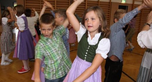 Wiegen und Tanzen im ¾ Takt
