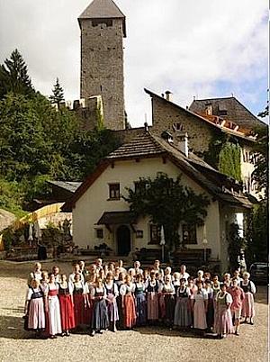 Salzburger Lieder- und Jodlerschatztruhe und dem Salzburger Volksliedwerk