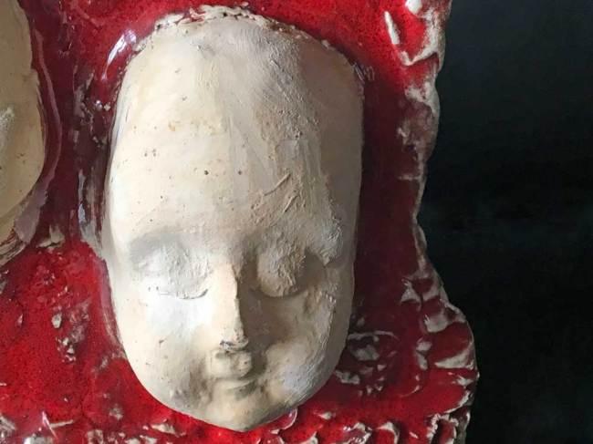 Skulptur - Schlafpüppchen - Vorderseite Ausschnitt