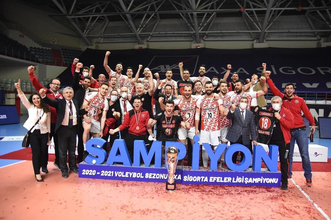 Turkey: Ziraat prevail in their first playoff finals in 11 years and win a historical title!