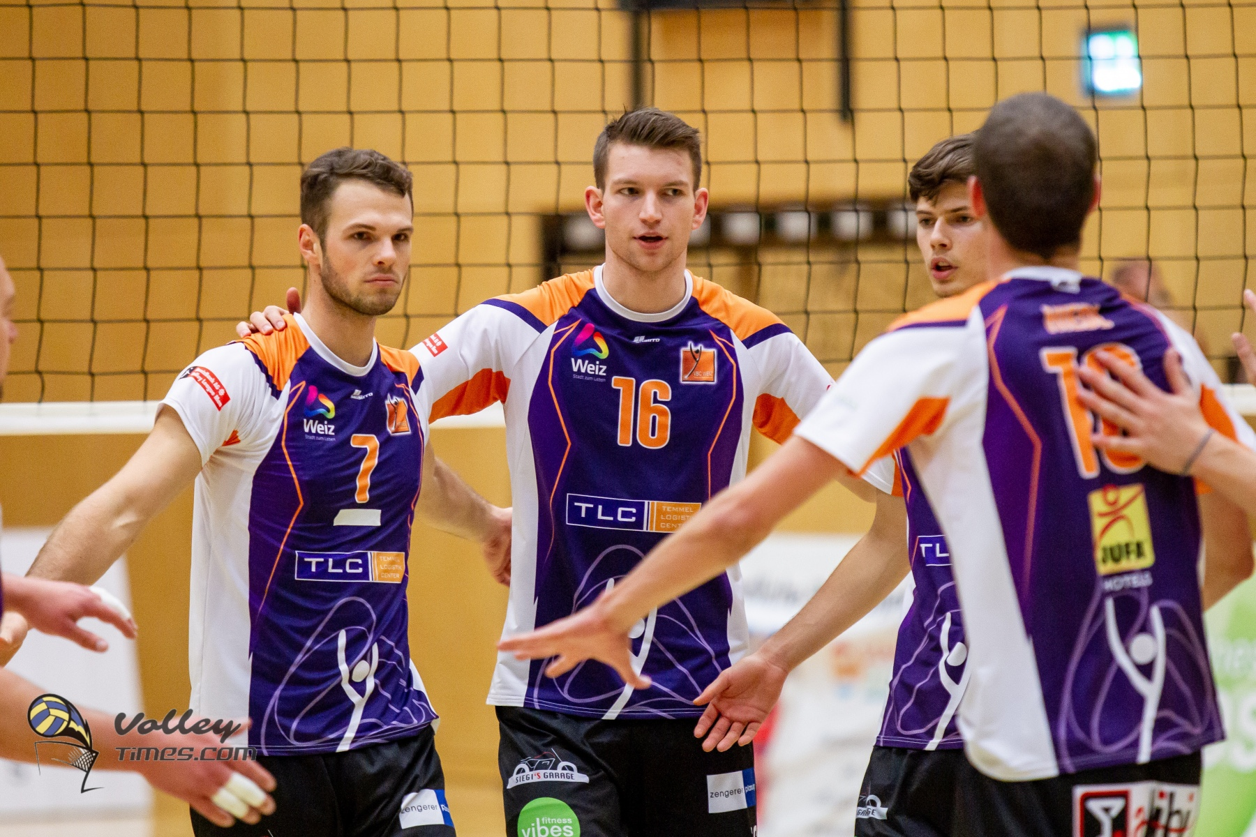 Austria: Three points for still undefeated Waldviertel and Amstetten. A great Weiz defeats Sokol at tie break.