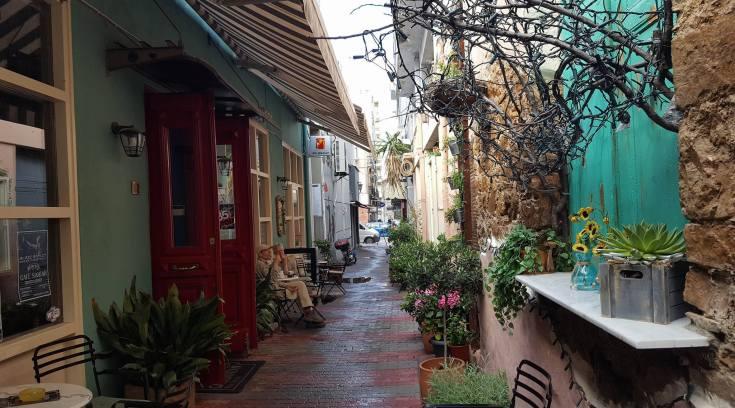 Respect στο Cafe Santan! Το πιο όμορφο στενάκι της πόλης! ΔΕΣ!