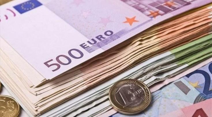 Συντάξεις: Διπλά αναδρομικά  έως12.800 ευρώ – Ποιοι και πώς τα δικαιούνται