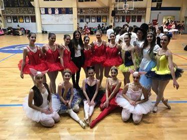 Οι Βολιώτισσες που χόρεψαν για καλό σκοπό & καταχειροκροτήθηκαν στην Αθήνα!