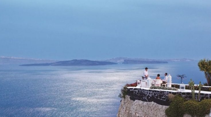 Το εστιατόριο με την πιο εντυπωσιακή θέα στον κόσμο είναι ελληνικό!