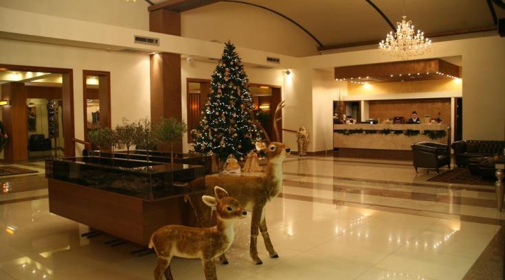 Ρεβεγιόν Χριστουγέννων και Χριστούγεννα στο Valis; Δες τις εκπλήξεις τους!