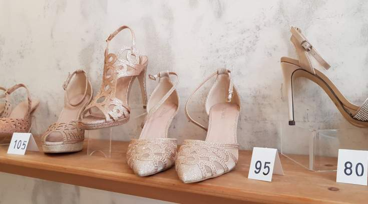 Νυφούλα; Τα πιο σικάτα, άνετα παπούτσια σε τιμές εκπληκτικές, είναι εκεί!