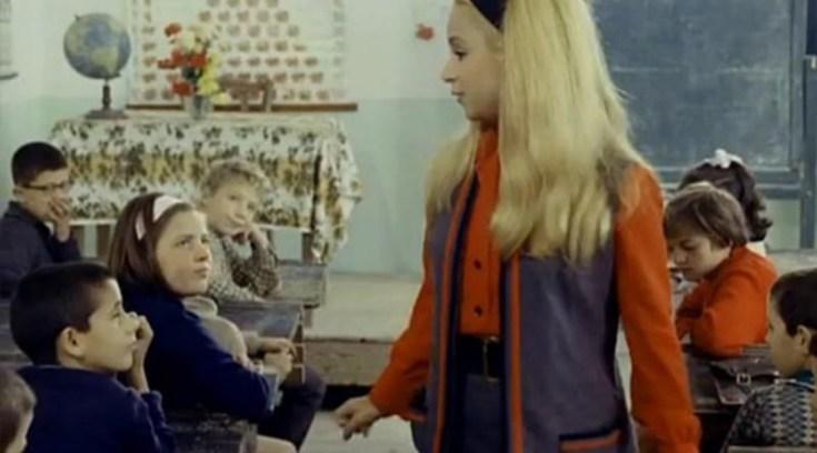 """Σπάνιο βίντεο από την Μακρυνίτσα και τη """"Δασκάλα με τα ξανθά μαλλιά""""!"""
