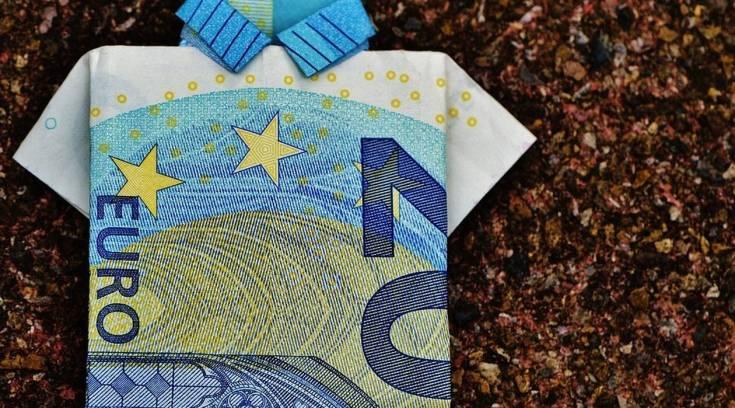 Έρχεται μπαράζ πληρωμών – Ποιοι και πόσα χρήματα θα δουν στο λογαριασμό