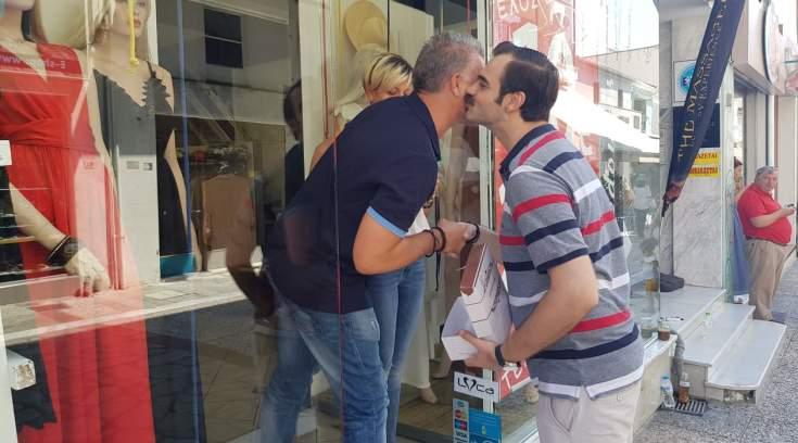 Xαρές, γεννητούρια και κεράσματα στην Αντωνοπούλου! (ΦΩΤΟ)
