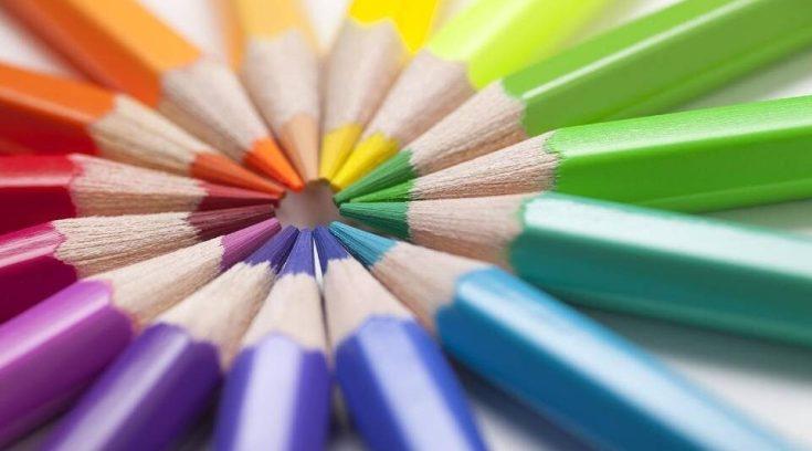 17 λόγοι για να αναθέσετε τη συγγραφή των επαγγελματικών μηνυμάτων σας