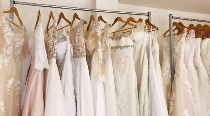 ΕΡΗ: Δείτε τα υπέροχα νυφικά τους φορεμένα! (ΦΩΤΟ)