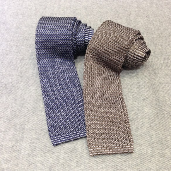 Knitted Silk (60%) and Linen (40%)