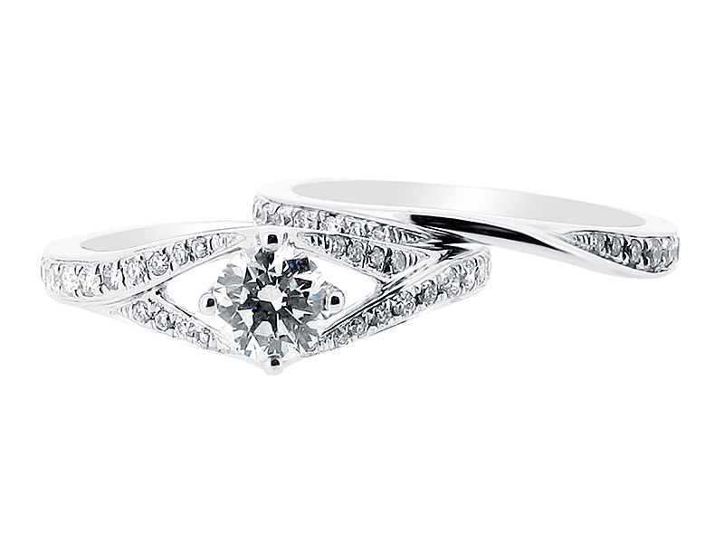 Split Shoulder Solitaire with Matching Wedding Ring – ER 1392