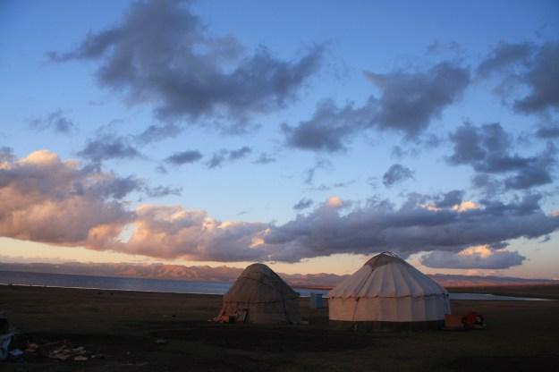 Les nostres IURTES al llac SON KUL - KIRGUIZISTAN