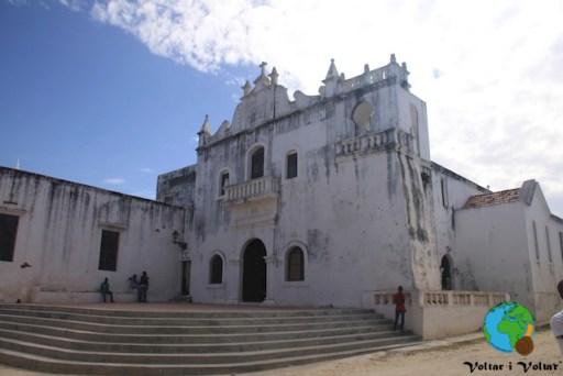 Ilha de Moçambic 101-imp