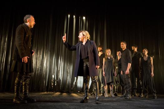Antigona - Teatre Lliure 1