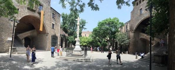 Biblioteca de Catalunya - Voltar i Voltar - 1