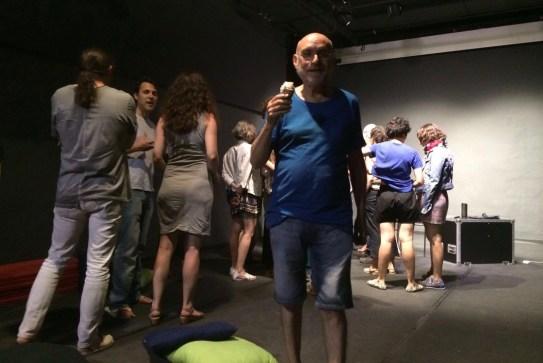 Juan Domínguez - Antic Teatre - Un gelat ? - Voltar i Voltar - 1