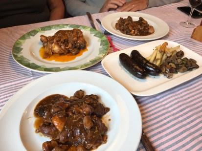 restaurant Els Roures - Voltar i Voltar 1 - 3