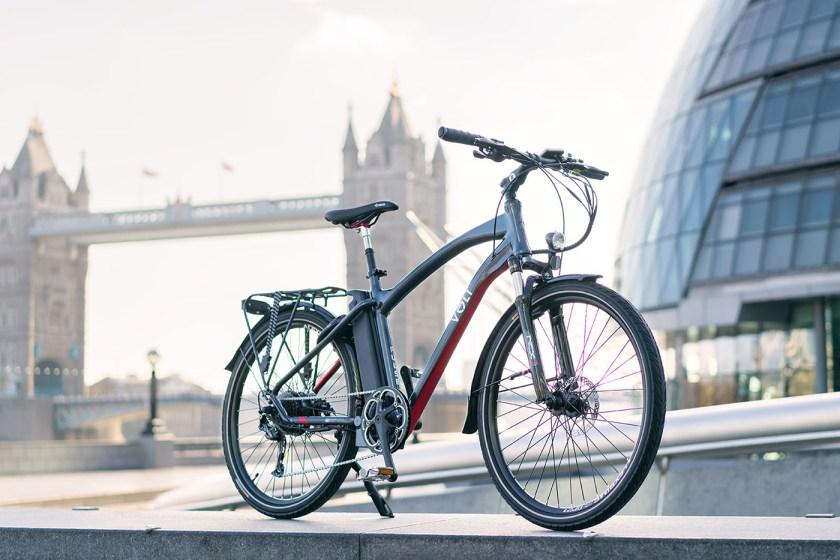 The VOLT Pulse hybrid e-bike in front of London's Tower Bridge