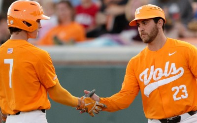 Tennessee Remains Undefeated With 8-4 Win Over Houston