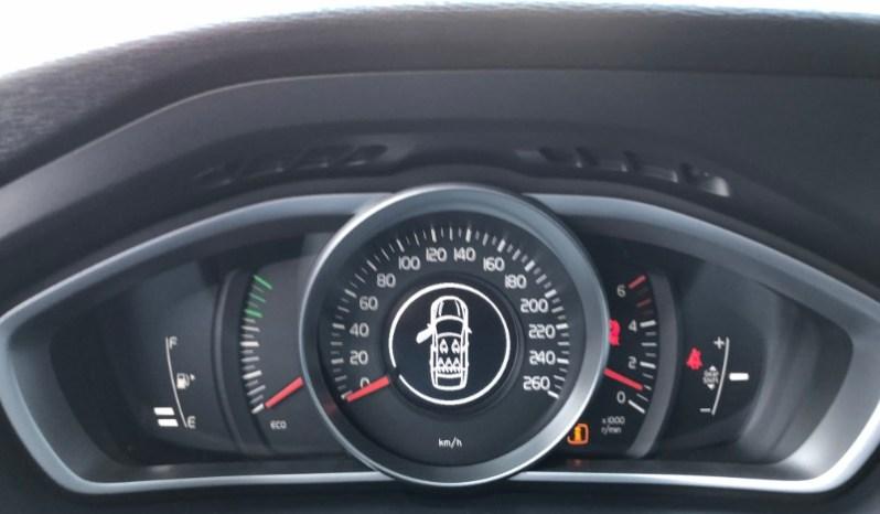 Volvo V40 1.6 D2 115HP KINETIC full