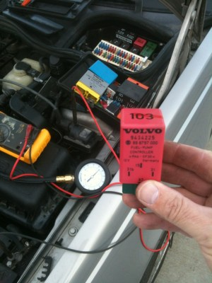 Volvo 850 random stalling and hard to start Testing Fuel Pump and Fuel Pump Relay  Volvo