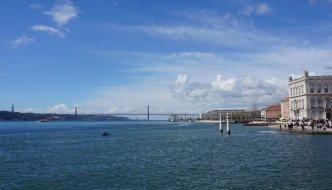 Zu Fuß über die Ponte 25 de Abril