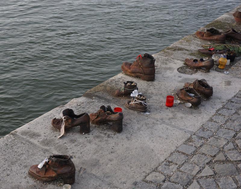 Shuhe an der Donau Statue in Budapest