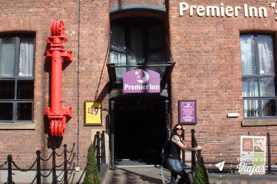Liverpool Beatles - The Premier Inn Albert Dock