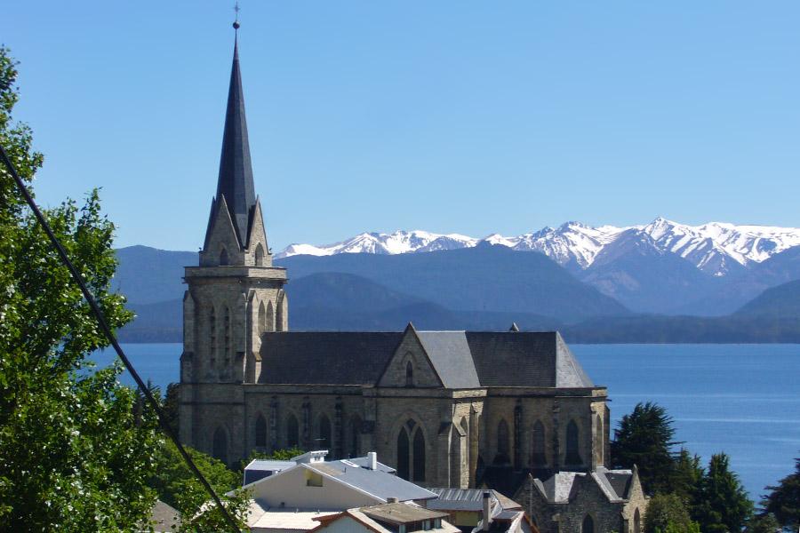 Bariloche - Catedral de Bariloche - foto Ann Majic