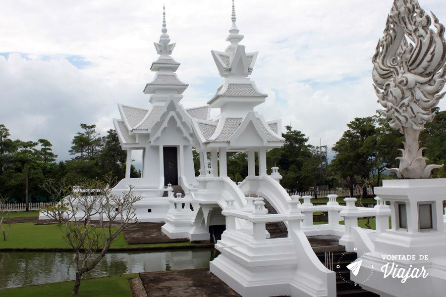 Templo Branco na Tailandia - Em construcao