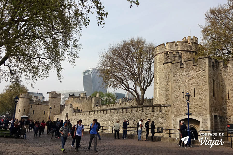 torre-de-londres-muralha-do-castelo