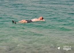 Mar Morto - impossivel afundar por causa do sal