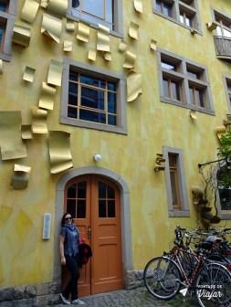 kunsthof-passage-patio-com-instalacoes-de-arte